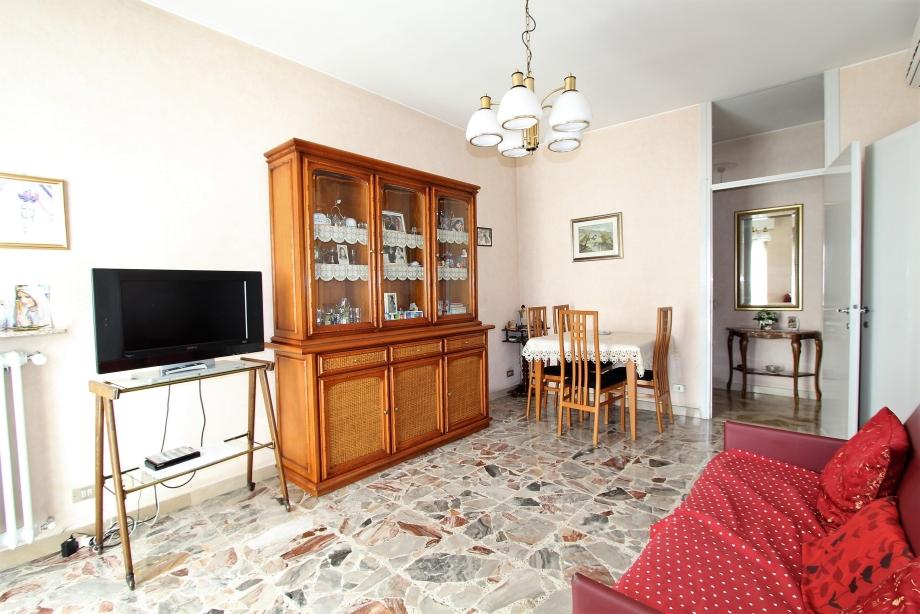Exceptional Appartamento In Condominio Di 2 Locali A BRESSO Di 60 Mq