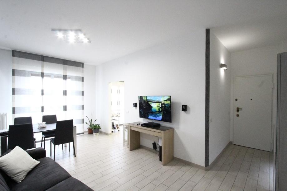 CINISELLO BALSAMO - Appartamento in condominio in vendita (ID: 6103)