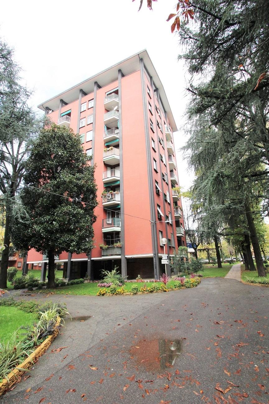 CINISELLO BALSAMO - Appartamento in condominio in vendita (ID: 6170)