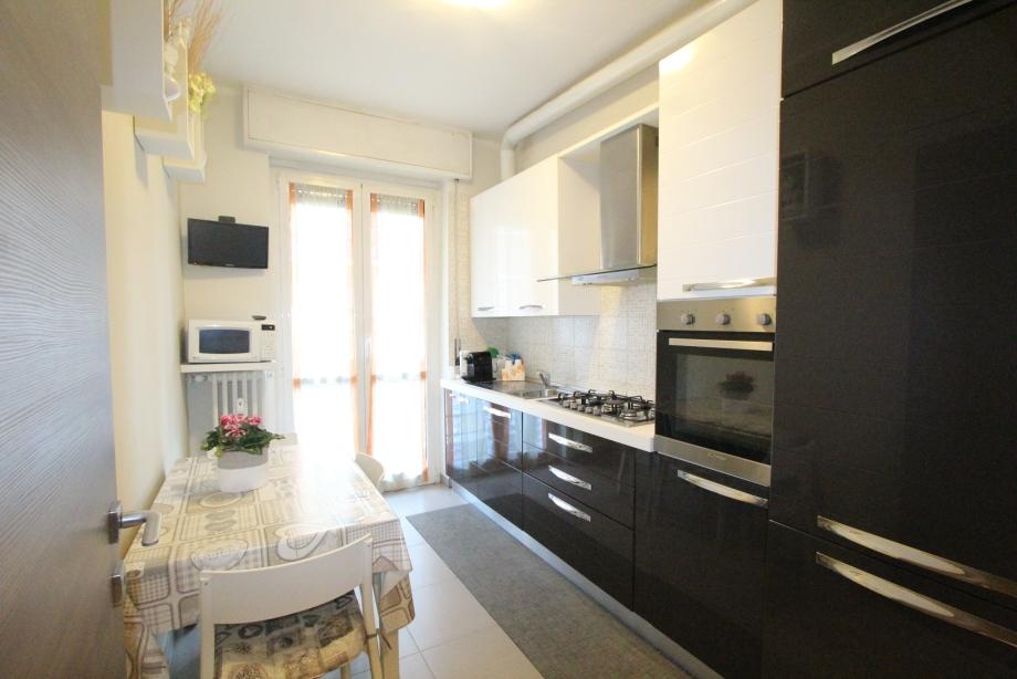 BRESSO - Appartamento in condominio in vendita (ID: 6226)