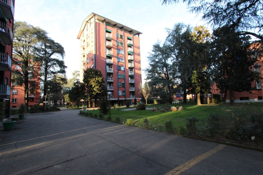 CINISELLO BALSAMO - Appartamento in condominio in vendita (ID: 6264)
