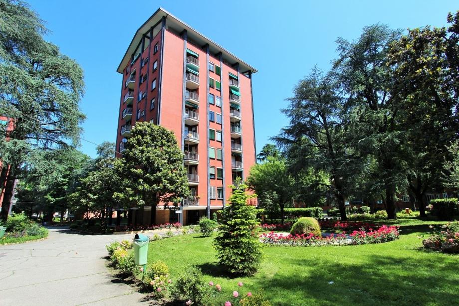CINISELLO BALSAMO - Appartamento in condominio in vendita (ID: 6335)