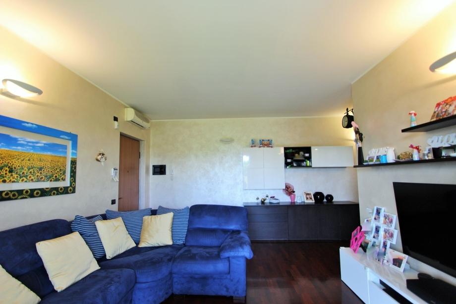 Appartamento in palazzina di 3 locali CINISELLO BALSAMO di 100 mq