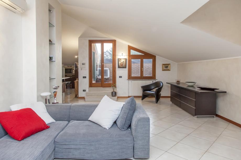 NOVA MILANESE - Appartamento in palazzina in vendita (ID: 6445)