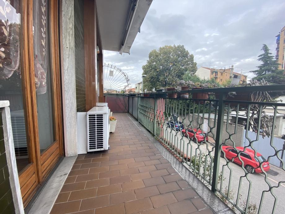 Appartamento in palazzina di 4 locali CORMANO di 144 mq