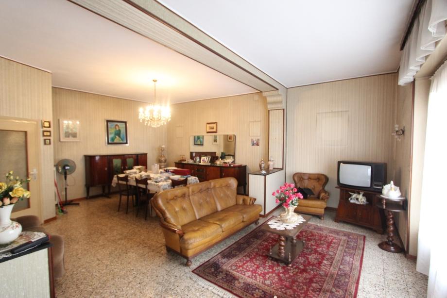 Appartamento in palazzina di 3 locali MILANO NIGUARDA di 112 mq