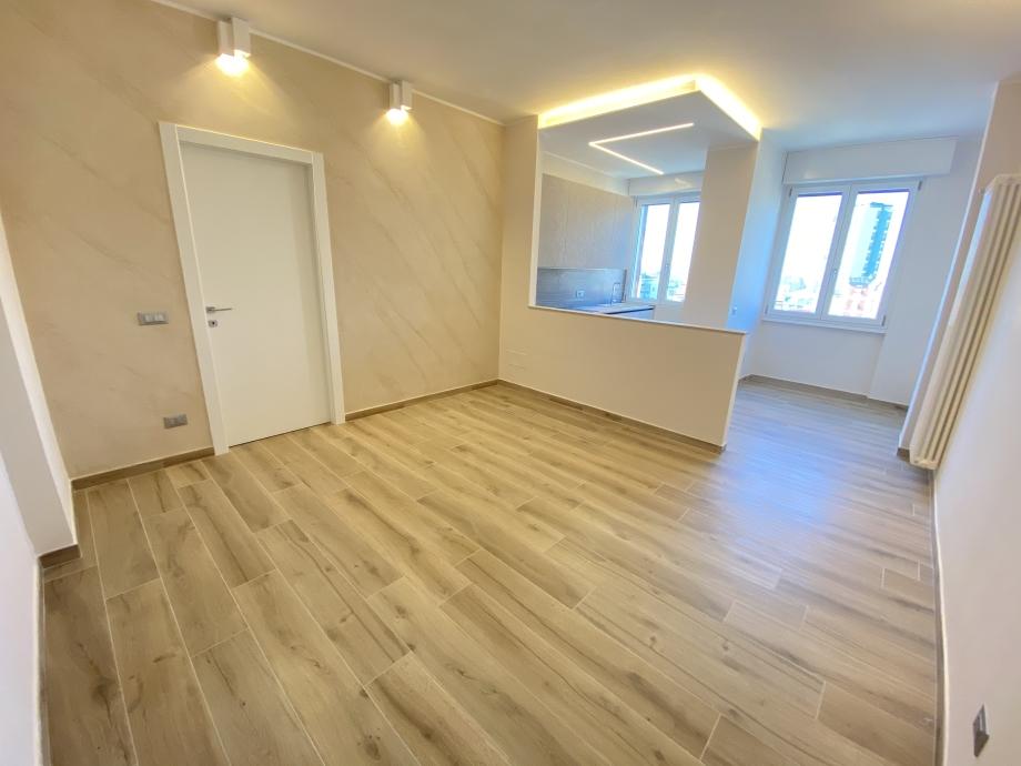 BRESSO - Appartamento in condominio in vendita (ID: 6564)