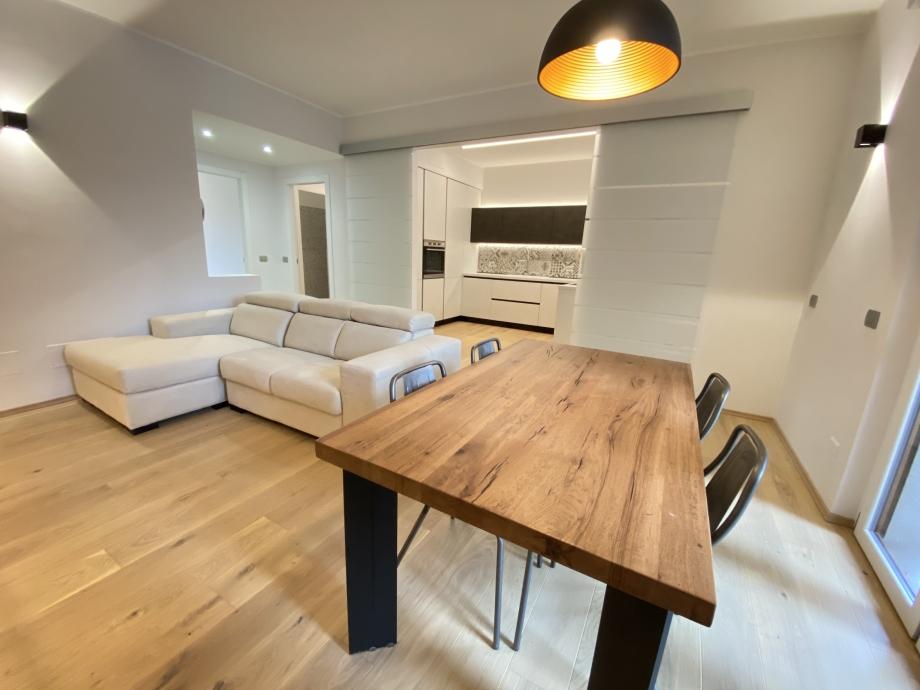 BRESSO - Appartamento in condominio in vendita (ID: 6595)