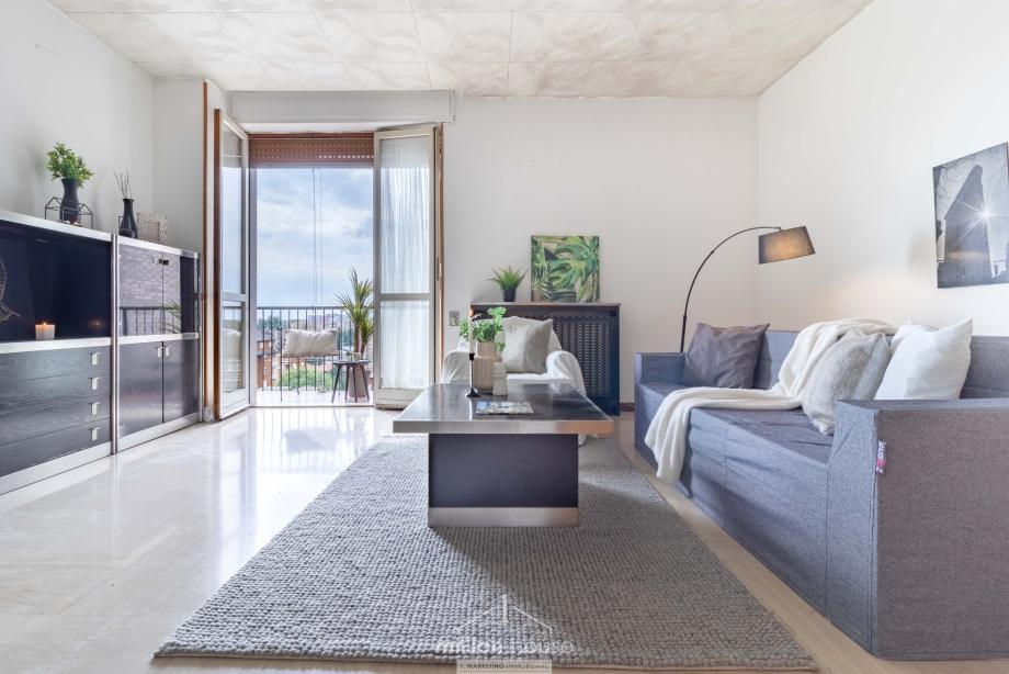 BRESSO - Appartamento in condominio in vendita (ID: 6637)