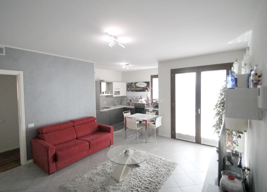 MILANO - Appartamento in condominio in vendita (ID: 6641)