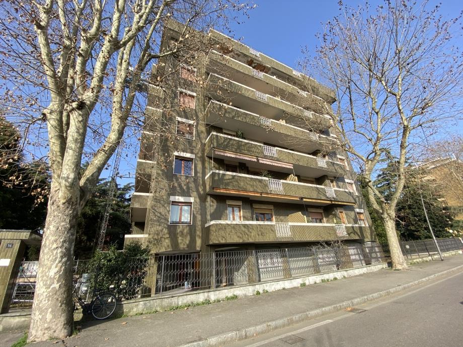 BRESSO - Appartamento in condominio in vendita (ID: 6652)