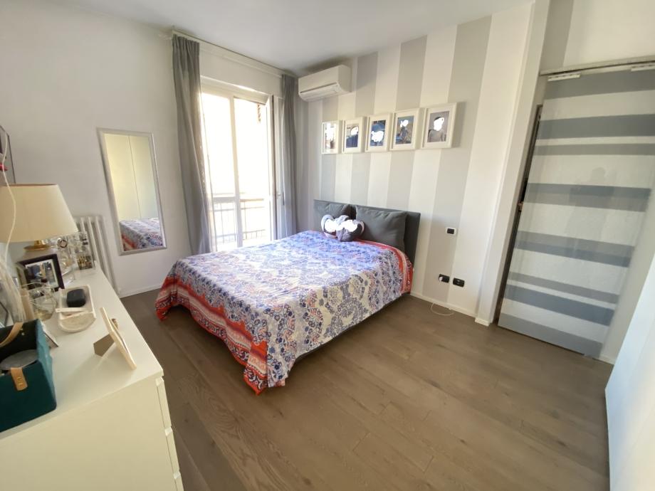 Appartamento in palazzina di 3 locali BRESSO  di 64 mq