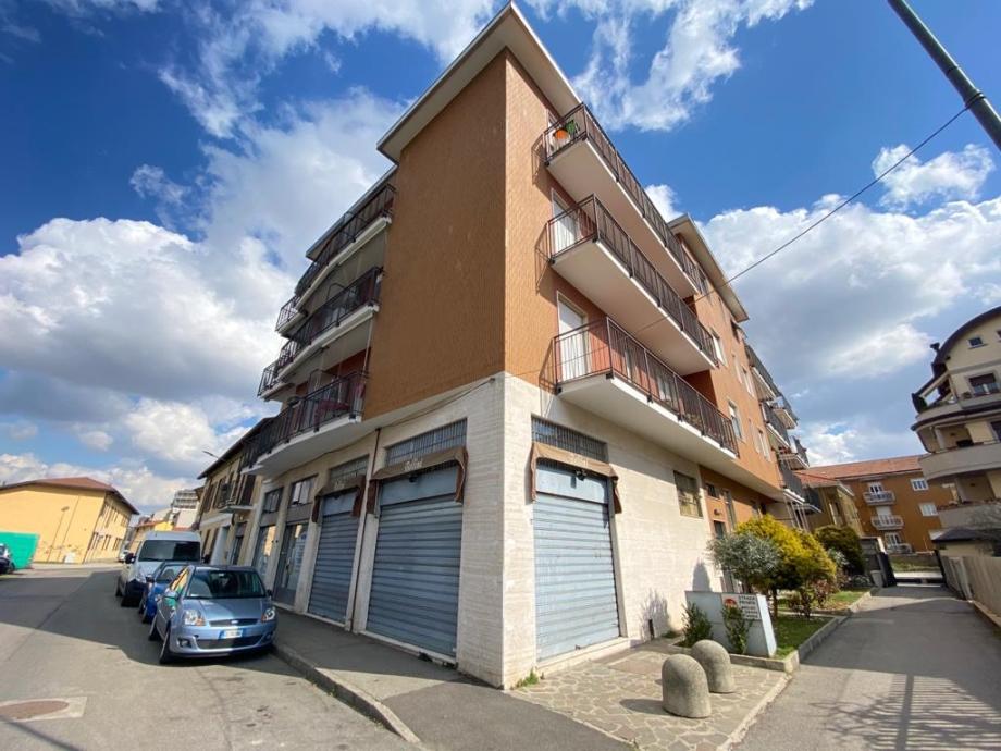 BRESSO - Appartamento in palazzina in vendita (ID: 6687)