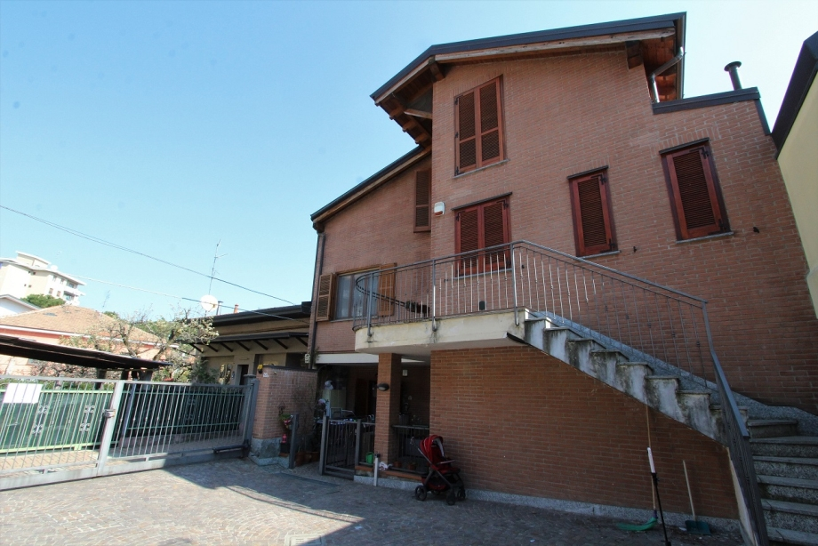 CINISELLO BALSAMO - Appartamento in palazzina in vendita (ID: 6699)
