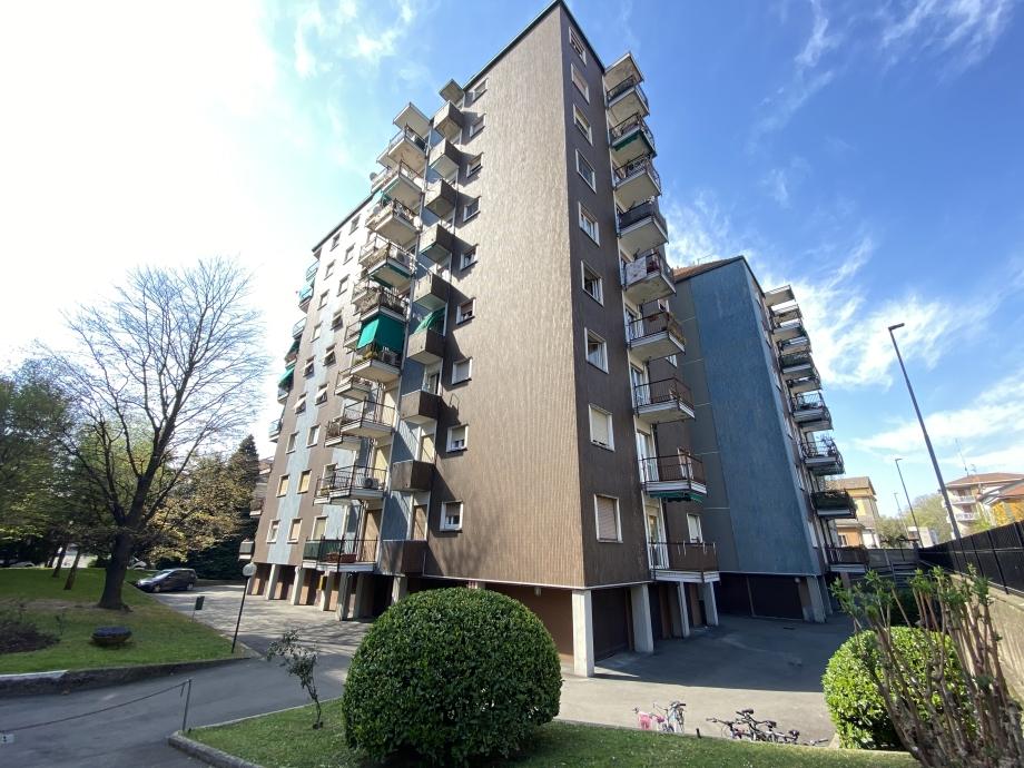 BRESSO  - Appartamento in condominio in vendita (ID: 6707)