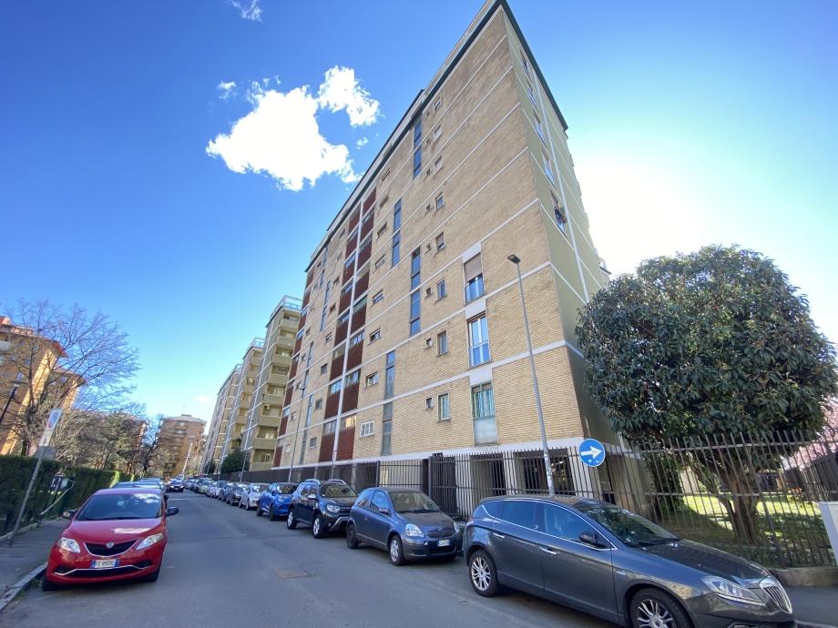 BRESSO - Appartamento in condominio in vendita (ID: 6713)