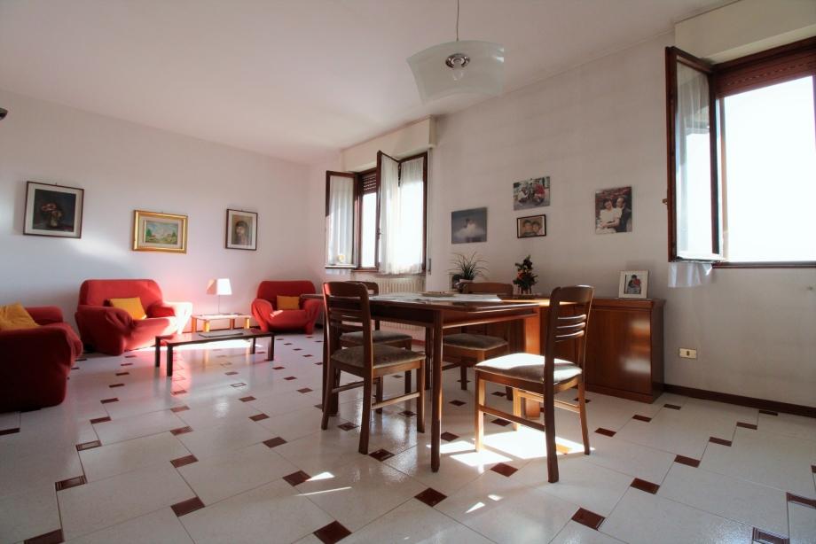 GARBAGNATE MILANESE - Appartamento in condominio in vendita (ID: 6721)