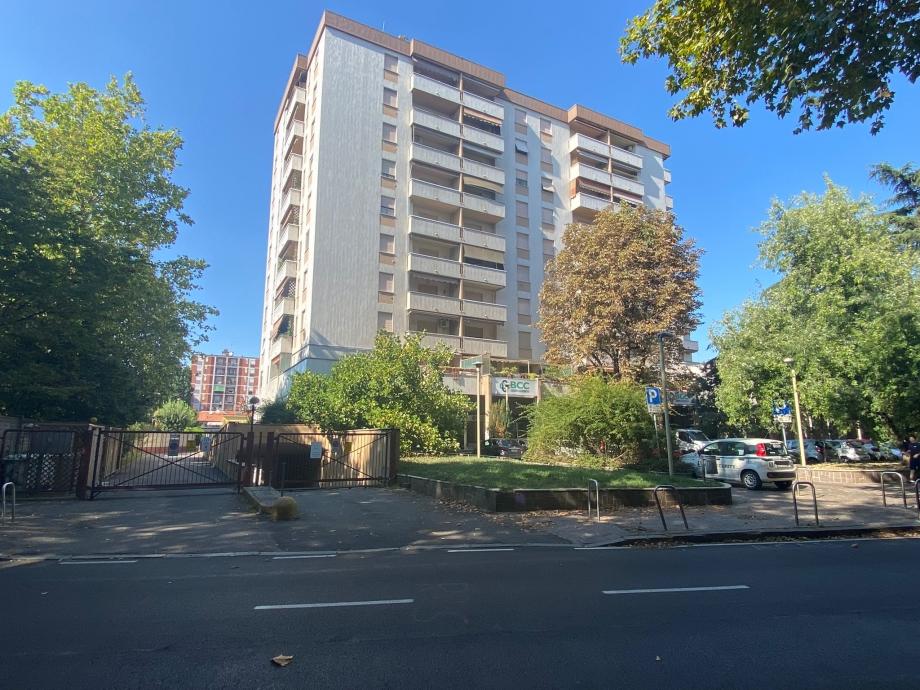 CINISELLO BALSAMO - Appartamento in condominio in vendita (ID: 6755)