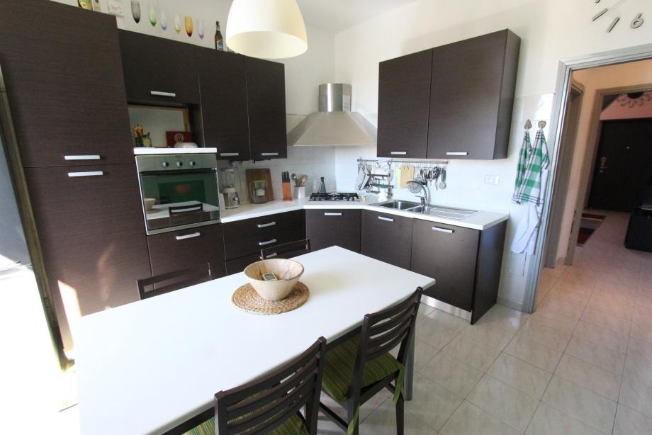 MILANO NIGUARDA - Casa di ringhiera in vendita (ID: 6783)