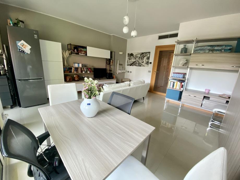 MILANO - Appartamento in palazzina in vendita (ID: 6797)