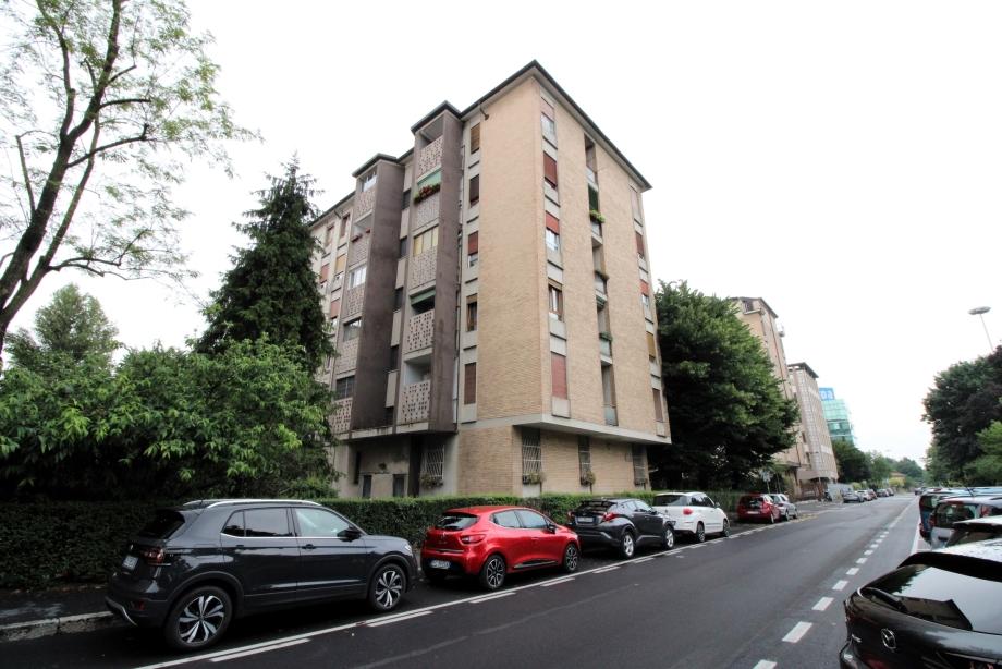 MILANO - Appartamento in condominio in vendita (ID: 6801)