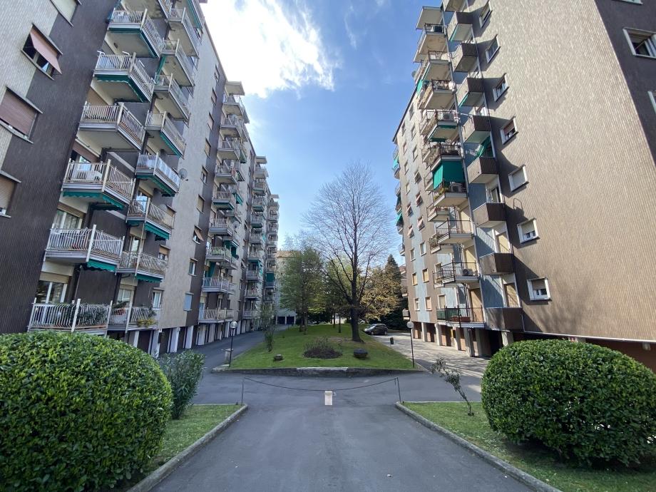 BRESSO  - Appartamento in condominio in vendita (ID: 6808)