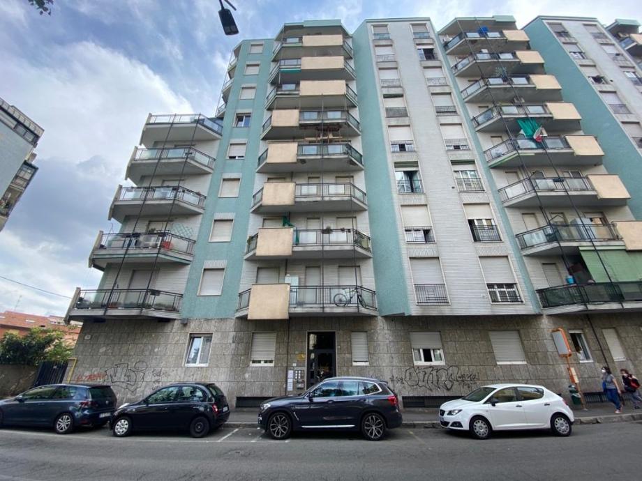 BRESSO - Appartamento in condominio in vendita (ID: 6832)