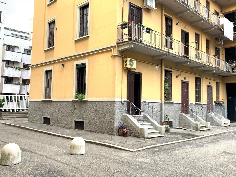 Casa di ringhiera di 2 locali MILANO di 54 mq