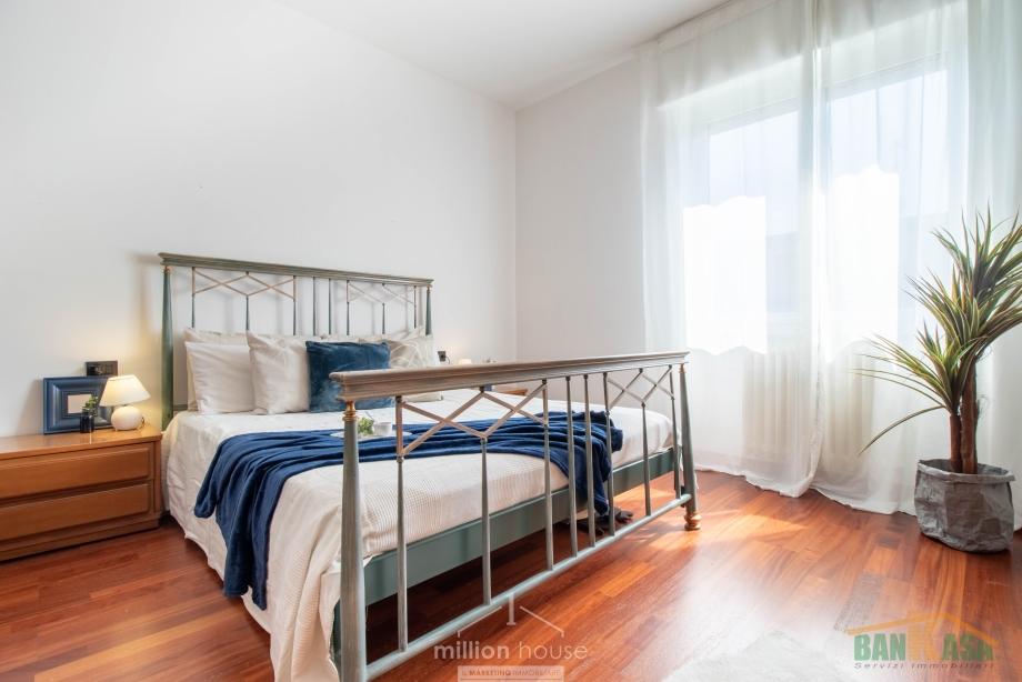 Appartamento in condominio di 3 locali BRESSO di 110 mq