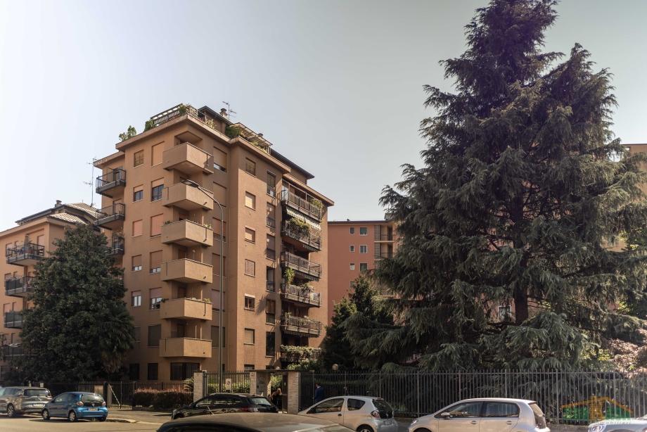 MILANO - Appartamento in condominio in vendita (ID: 6858)