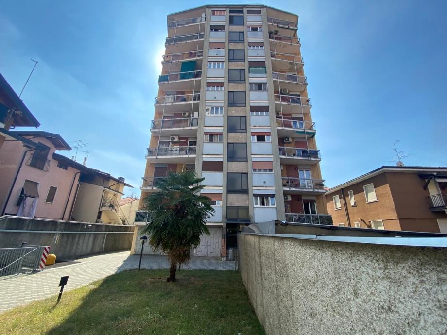 CINISELLO BALSAMO - Appartamento in condominio in vendita (ID: 6867)