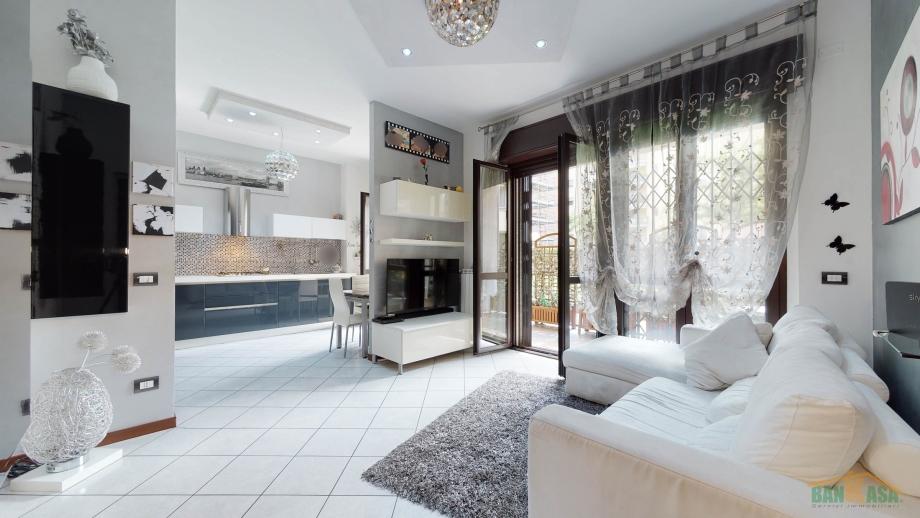 MILANO NIGUARDA - Appartamento in condominio in vendita (ID: 6878)