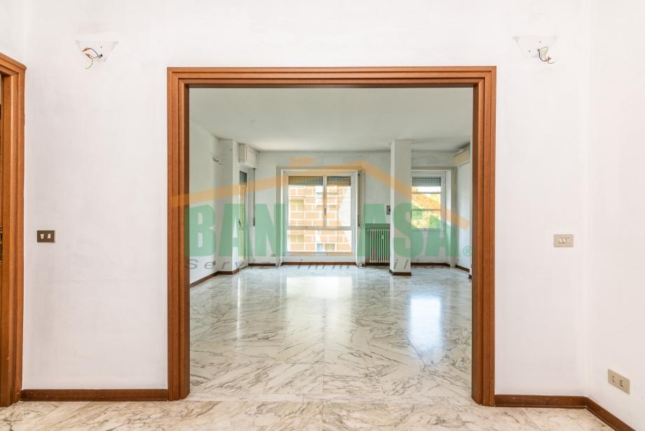 MILANO  - Appartamento in condominio in vendita (ID: 6880)