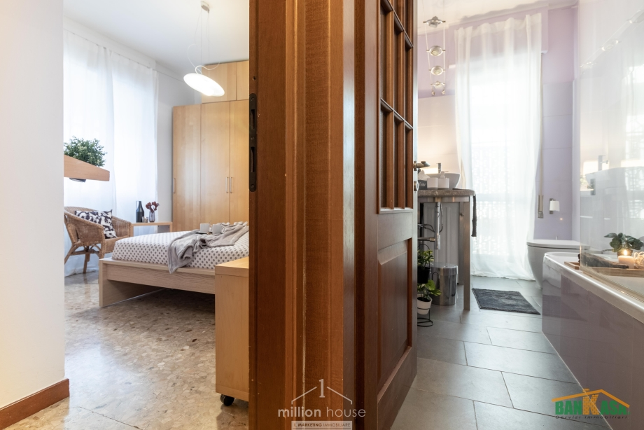Appartamento in condominio di 2 locali SEGRATE - REDECESIO di 65 mq